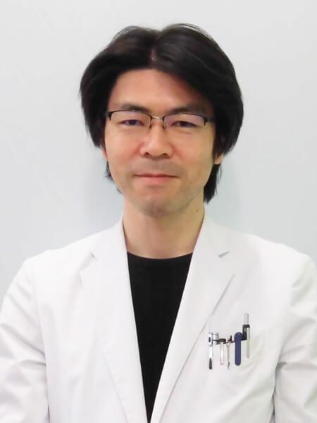 脳神経外科助教 吉岡 史隆先生
